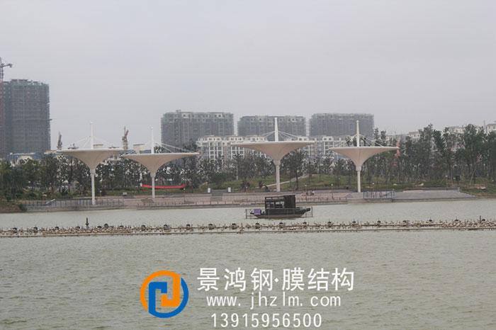 梦蝶湖公园河岸景观膜结构倒立伞工程7-1.jpg