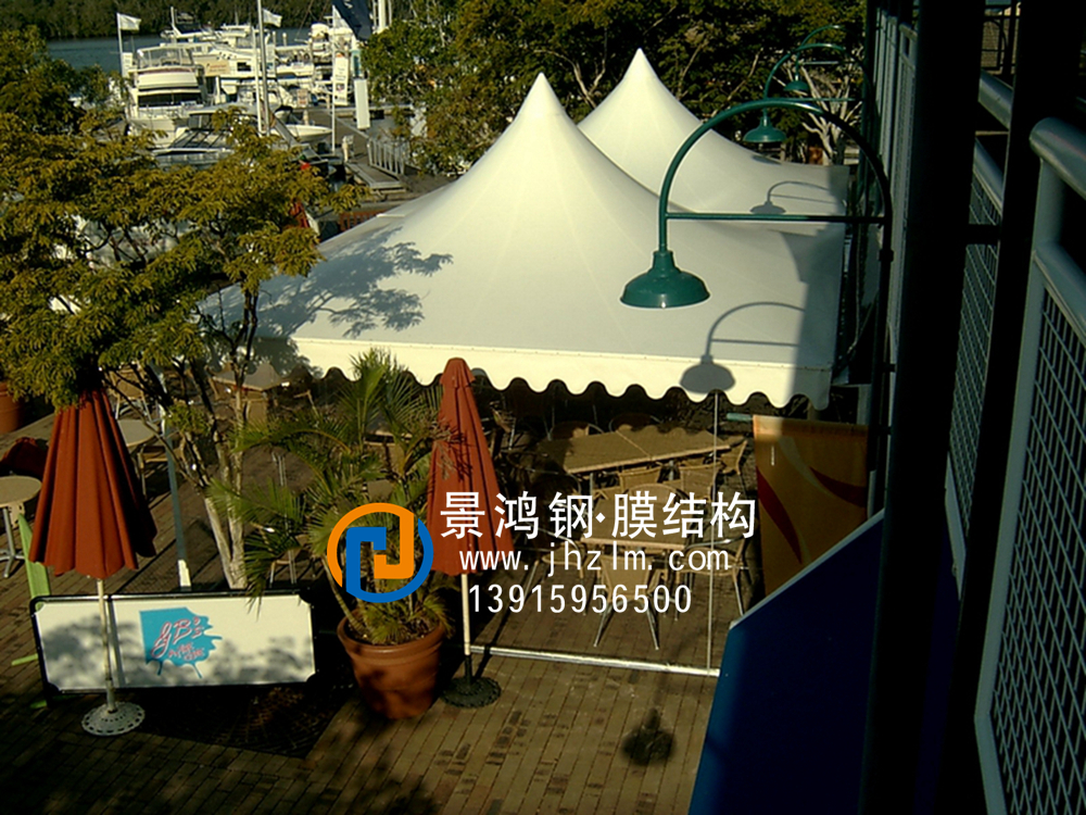 商业街区膜结构应用案例放大东方 (2).jpg