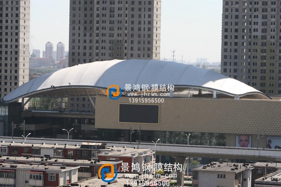 张拉膜结构屋顶 商业建筑屋顶加盖雨棚工程史蒂夫 (1).jpg